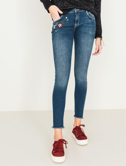 Jeans slim brodé femme