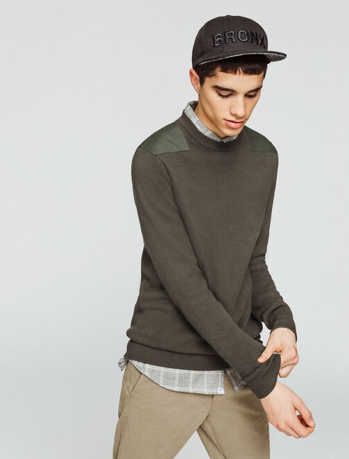 Pull patchs épaules homme