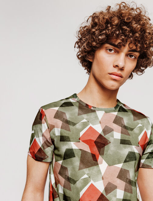 T-shirt camouflage graphique homme