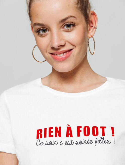 """T-shirt à message Coupe du Monde """"Rien à foot"""" femme"""