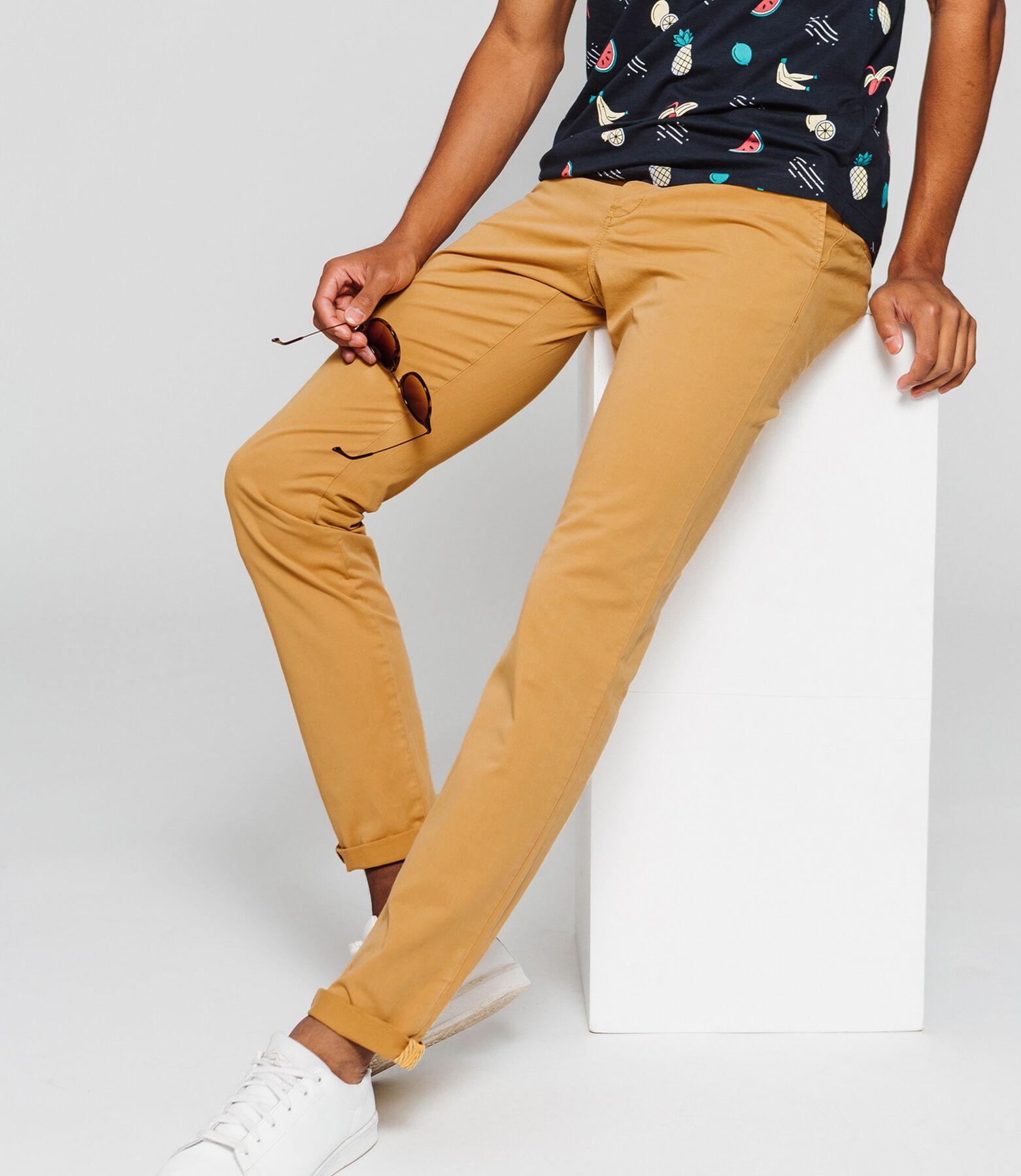 Pantalon chino classique