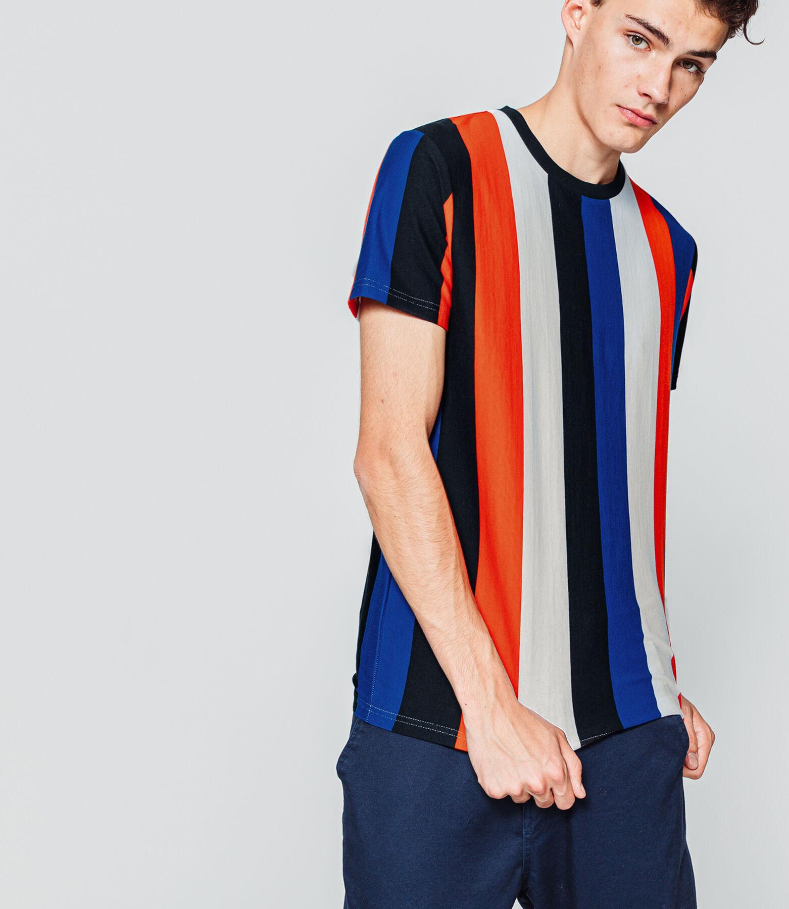 T-shirt manches courtes à rayures verticales