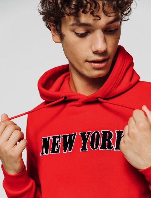 Sweat enfilé message New York homme