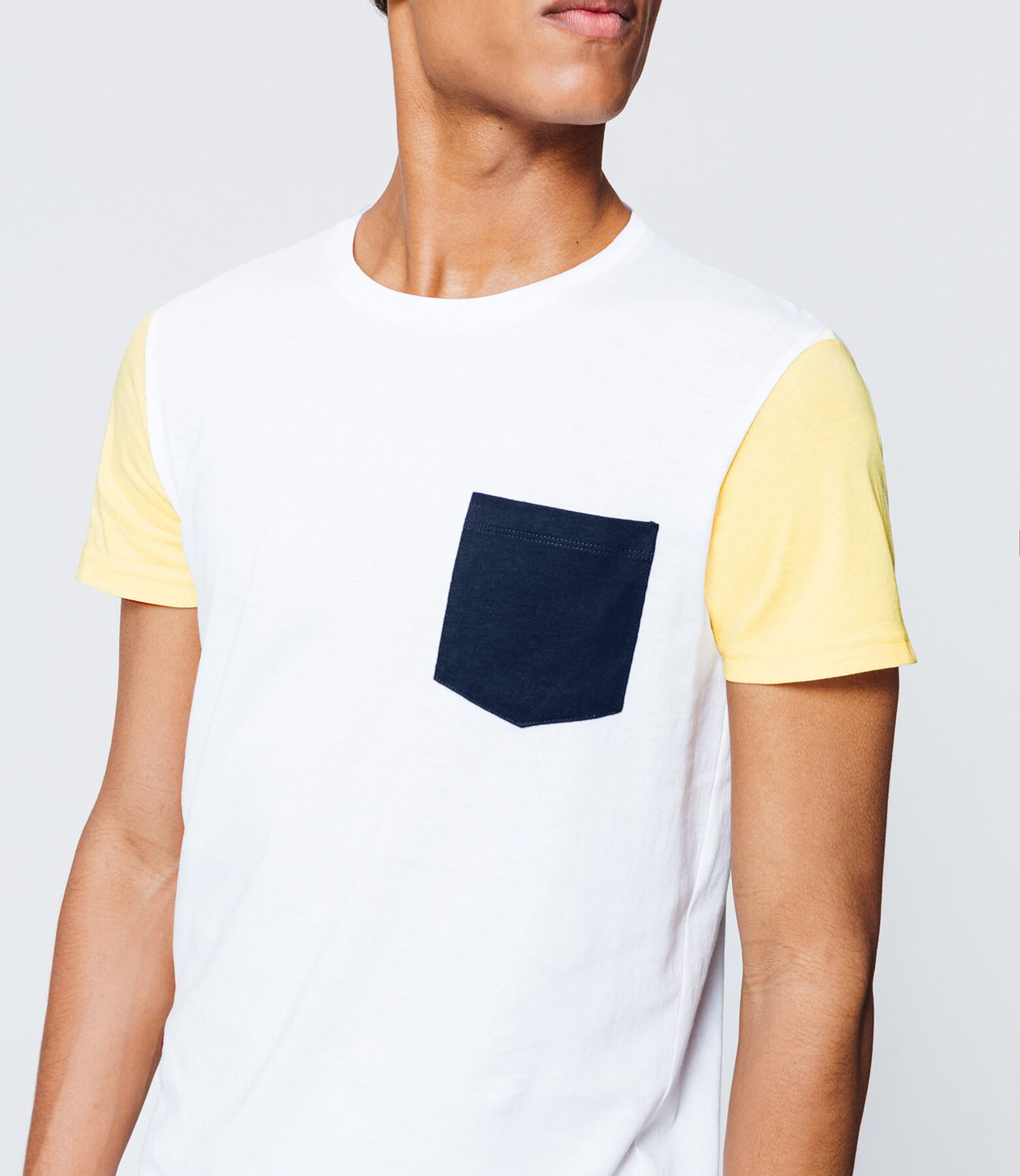 T-shirt manches contrastantes