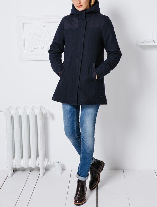 Manteau en lainage coupe en A femme