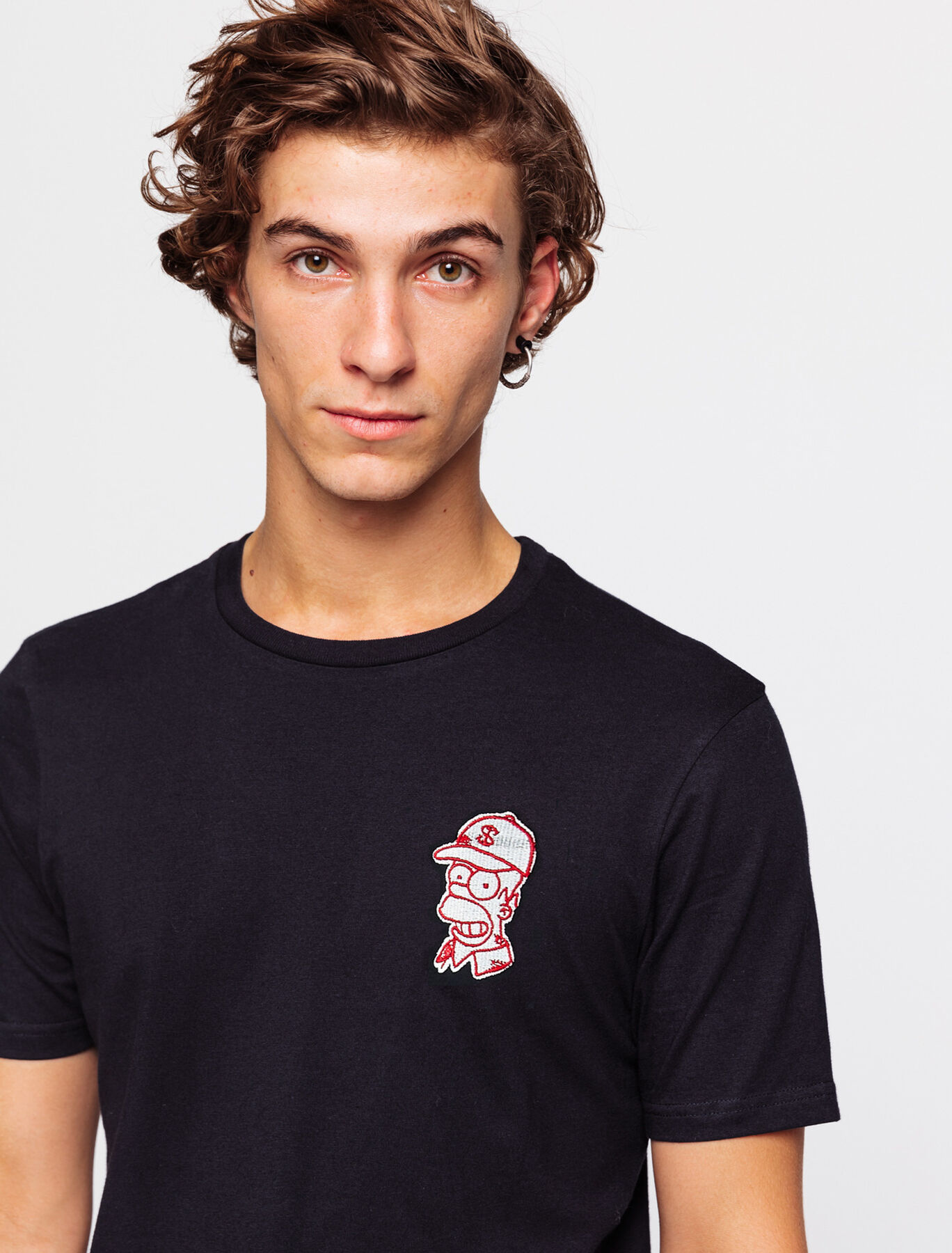 T-shirt licence  SIMPSONS brodé