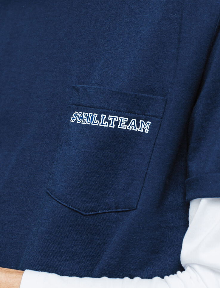 "T-shirt message ""Chill Team"""