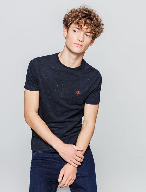 T-shirt matière fantaisie patch print poitrine homme
