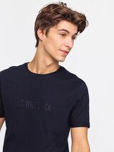 T-shirt brodé à message
