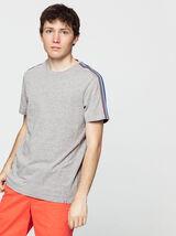 T-shirt avec empiècement manches