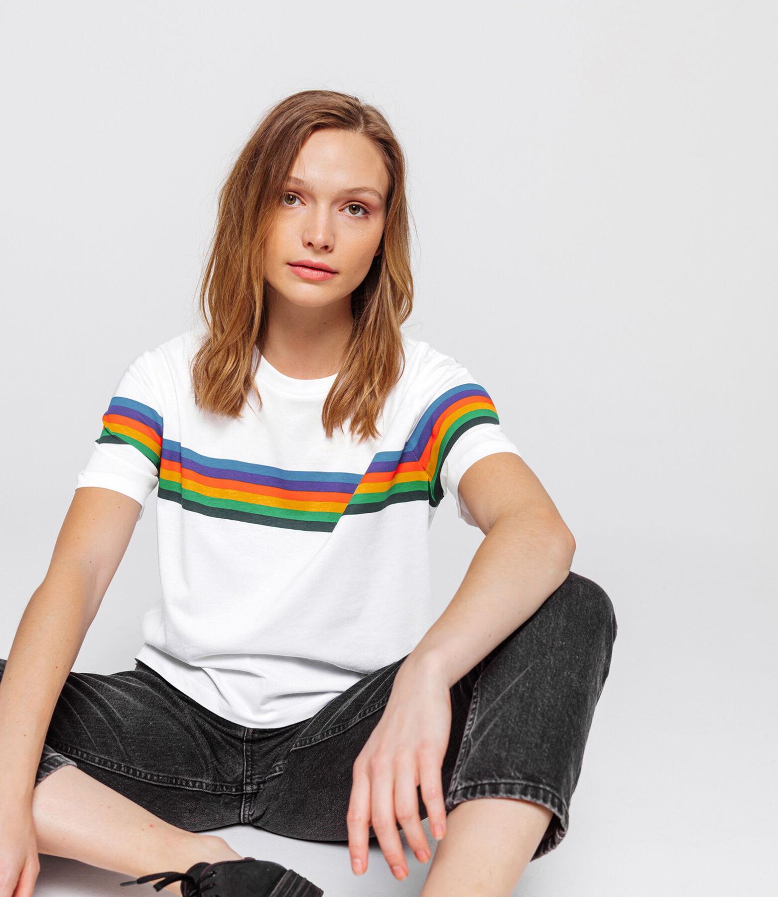 T-shirt rayé arc-en-ciel