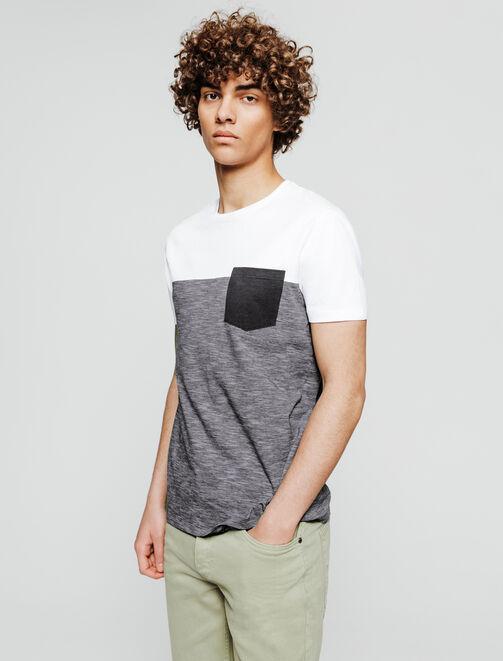 T-shirt poche poitrine basique. homme
