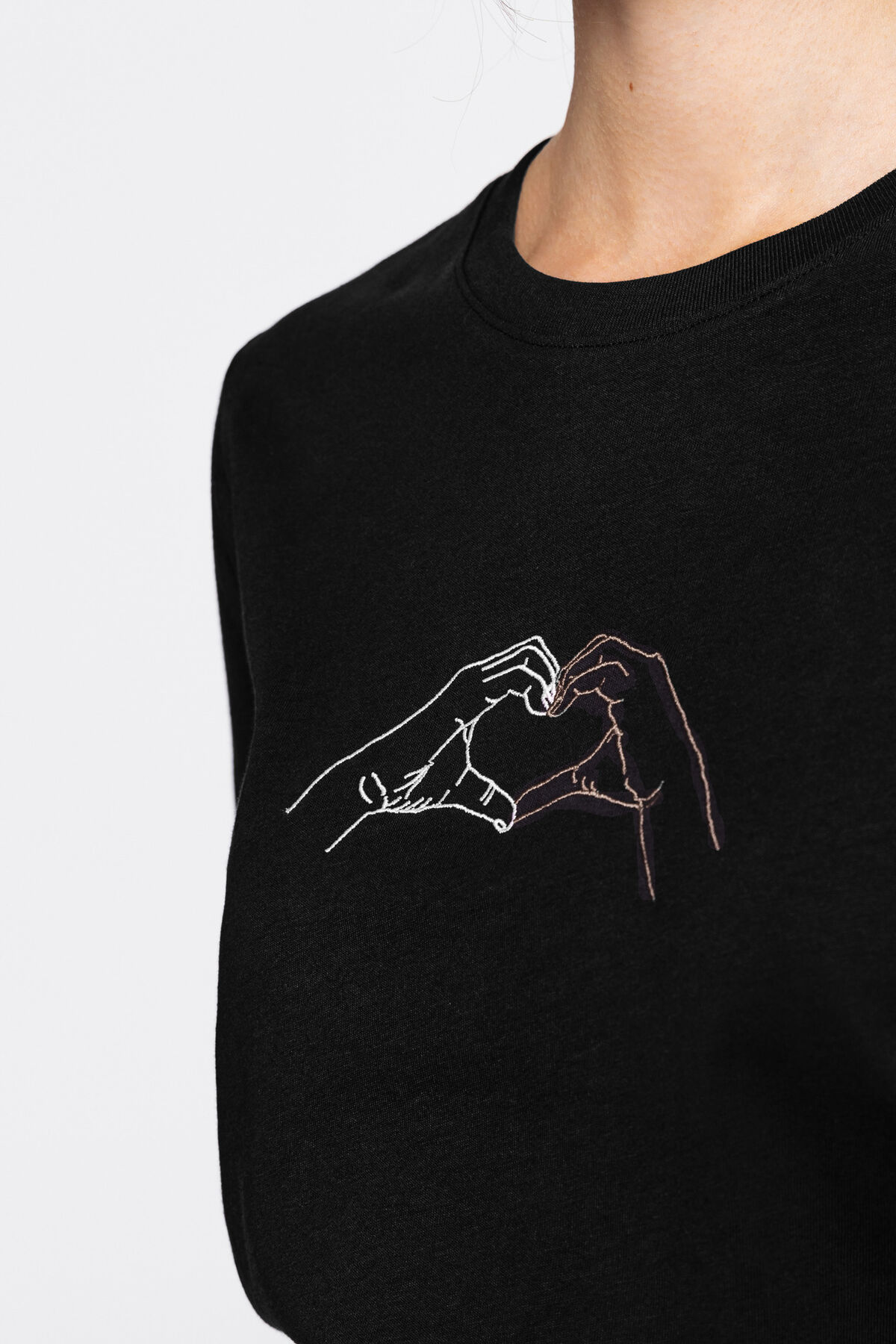 T-shirt en coton bio et brodé