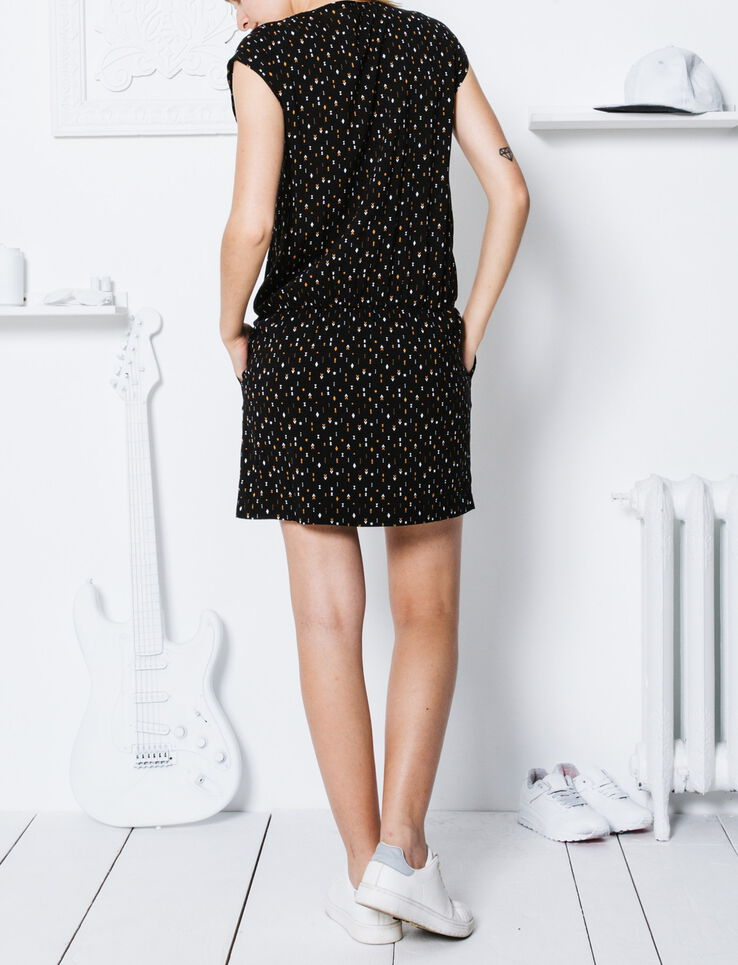 robe imprim ethnique zipp e devant femme noir bizzbee. Black Bedroom Furniture Sets. Home Design Ideas
