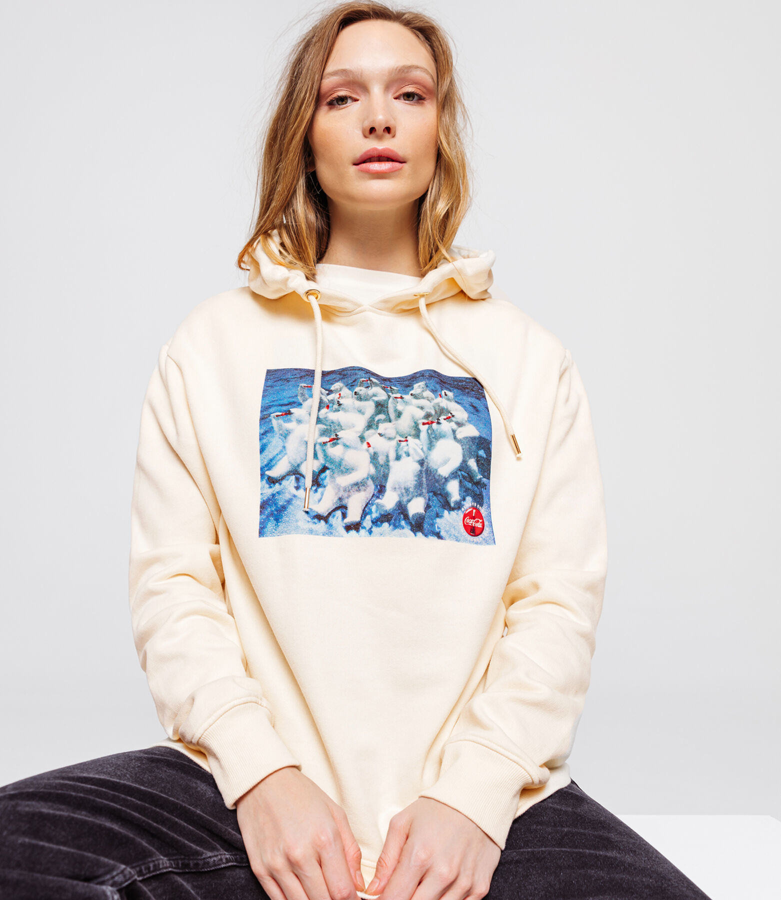Sweat coca ours polaire