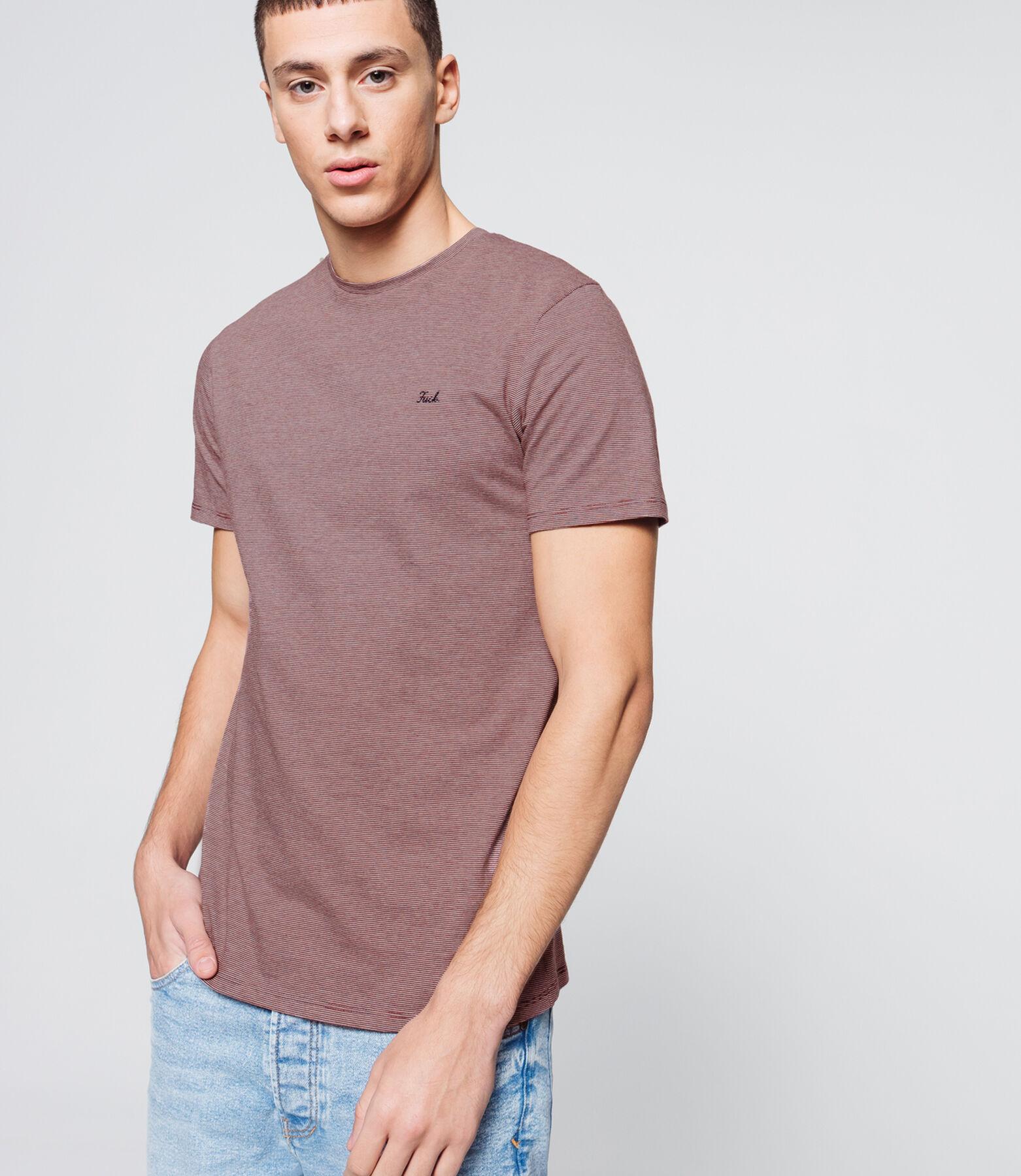 T-shirt matière fantaisie, broderie poitrine