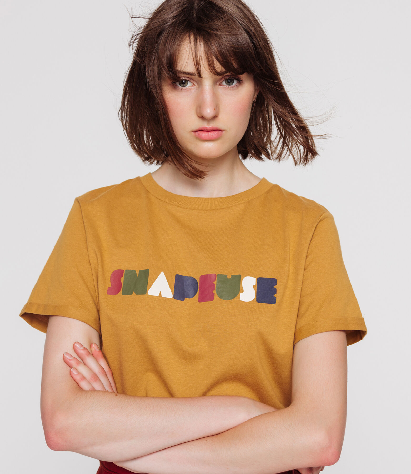 "T-shirt message ""SNAPEUSE"""