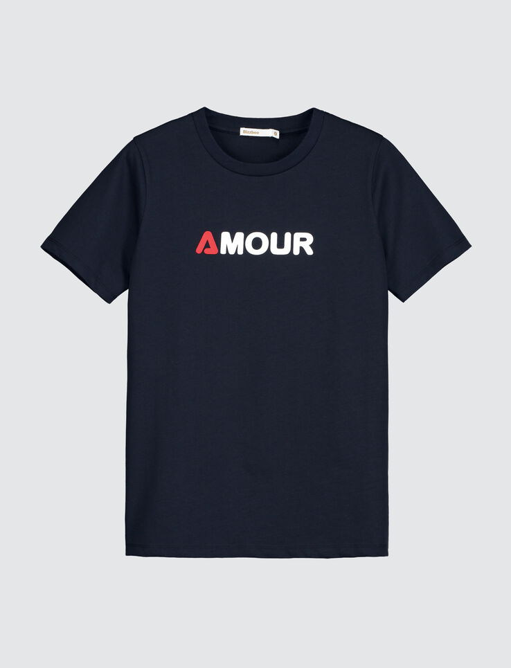 "T-shirt message "" AMOUR"""