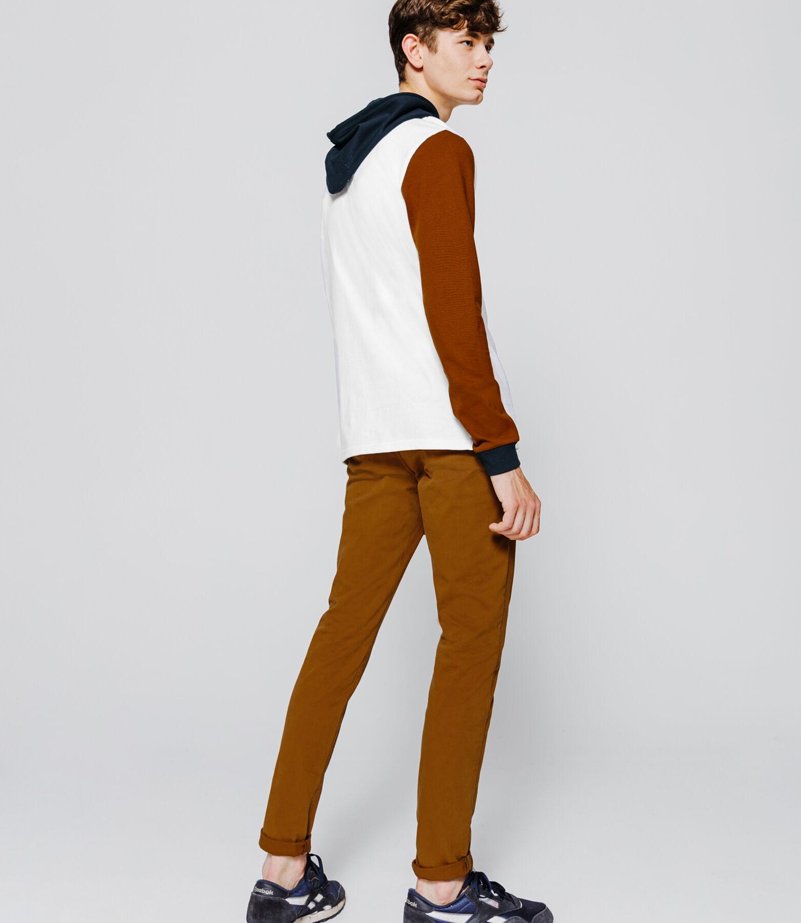 T-shirt à capuche manches longues