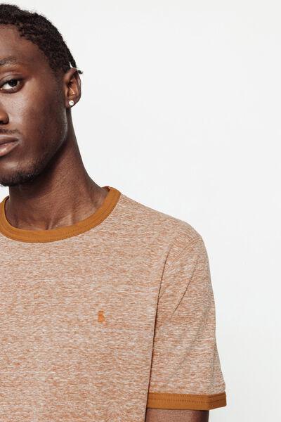 T-shirt mouliné avec broderie poitrine