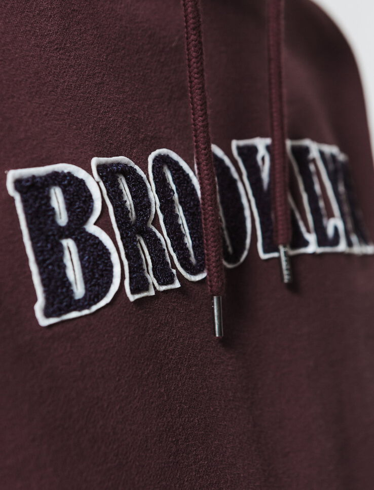 "Sweat enfilé message ""Brooklyn"""