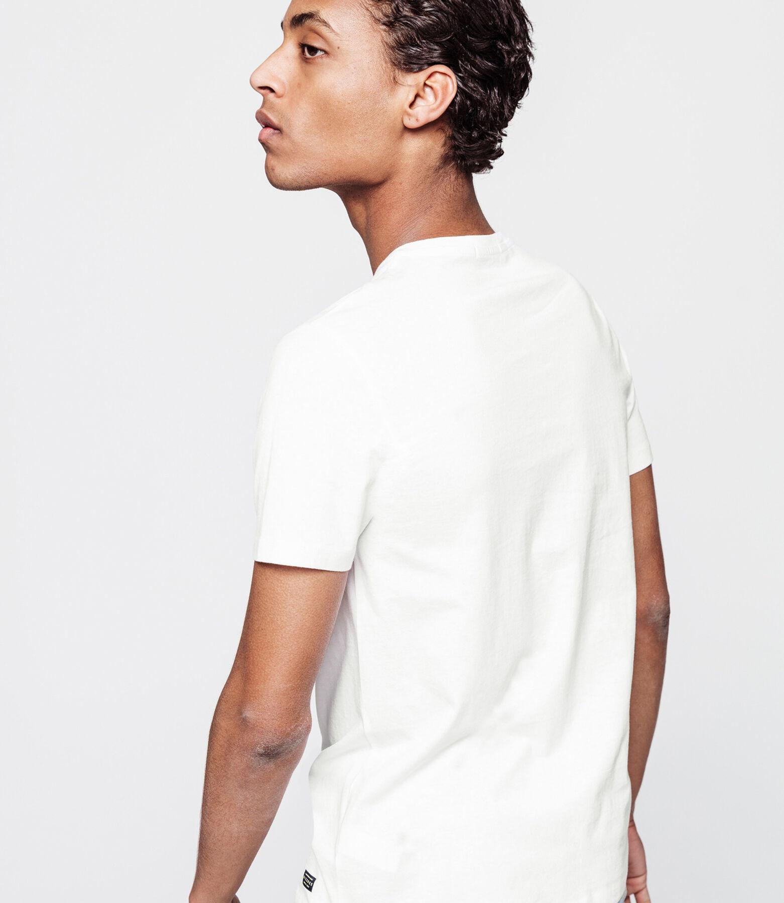 T-shirt avec poche Memphis