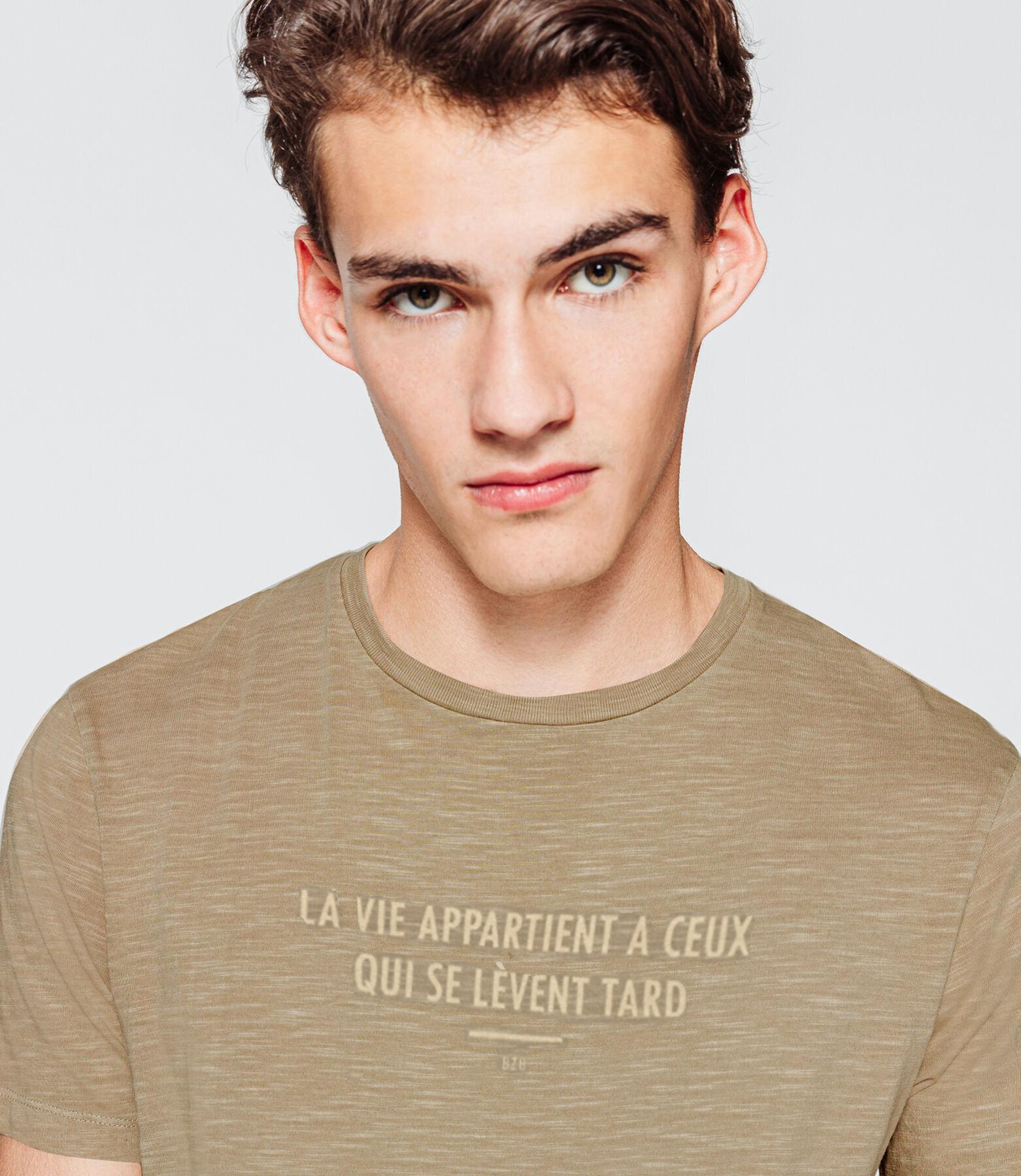 T-shirt message garment dyed