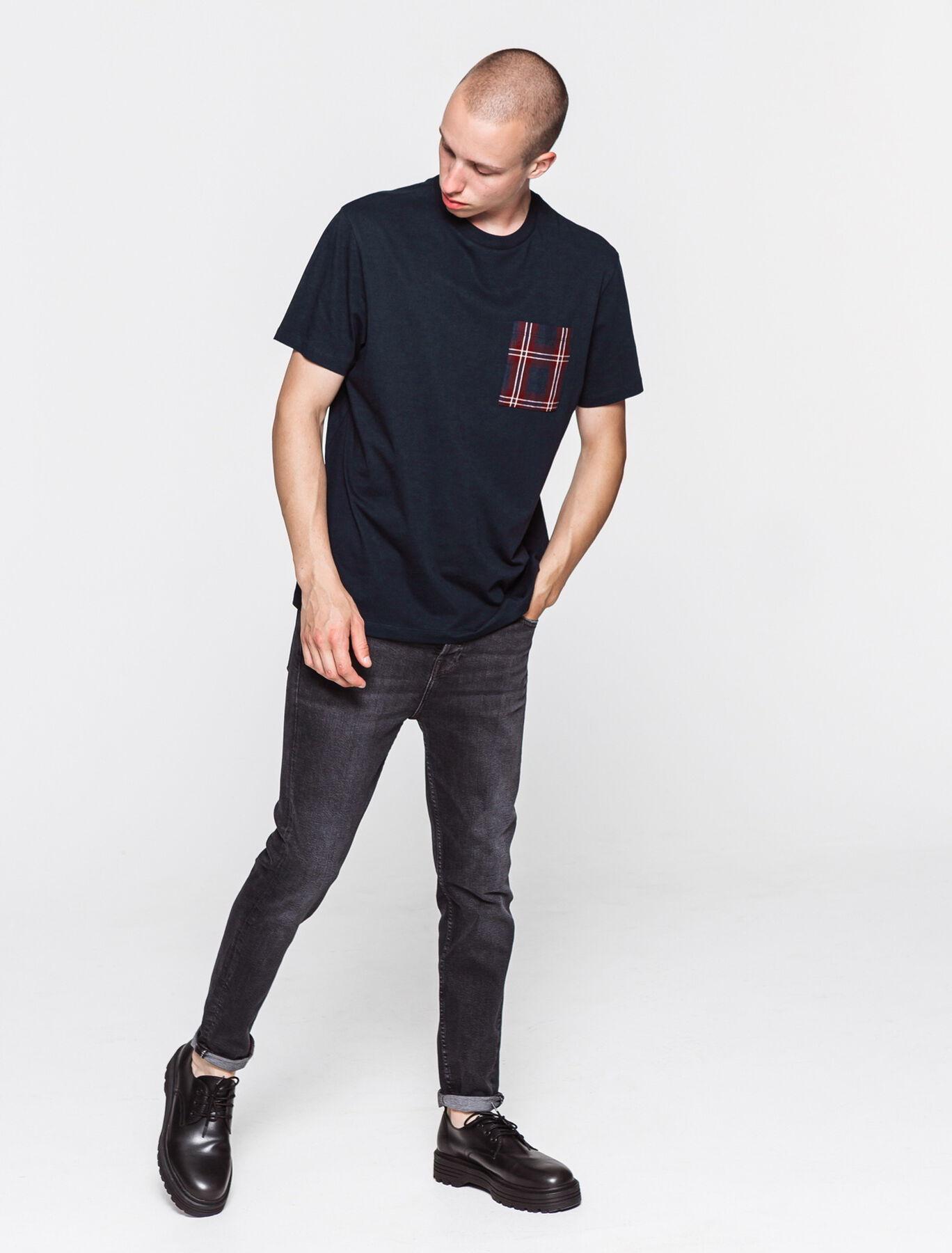 T-shirt avec poche à carreaux