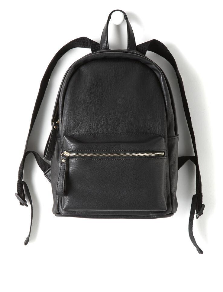 sac dos noir femme noir bizzbee. Black Bedroom Furniture Sets. Home Design Ideas