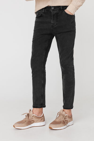 Jean straight tapered noir delavé