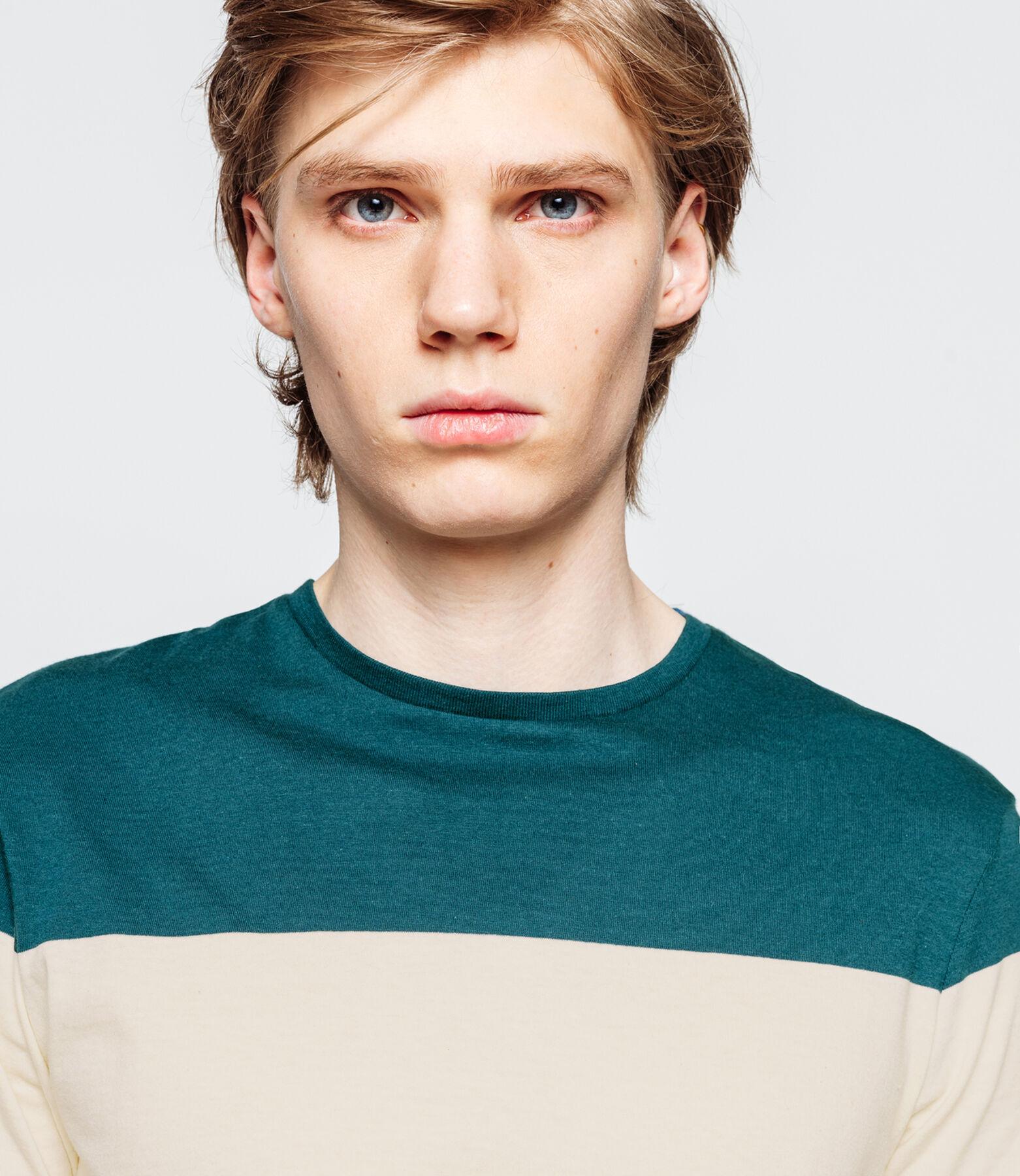 T-shirt avec bandes tricolores